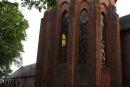 Prezbiterium, w głębi skrzydło wschodnie