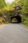 Tunel skalny wPiechowicach
