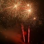 Pokaz ogni sztucznych zorganizowany wPrzeźmierowie 1 stycznia 2012