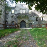 Brama wpółnocnej fasadzie zamku
